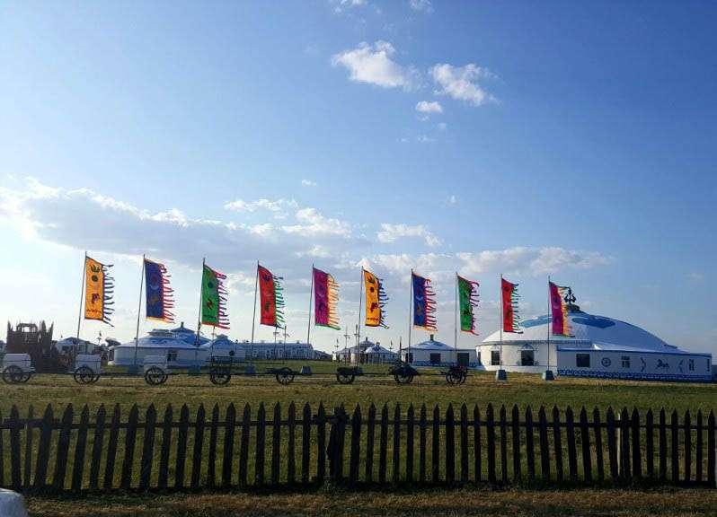 在巴爾虎蒙古部落尋回生活樂趣